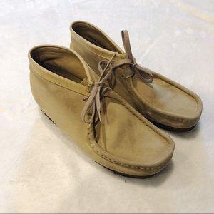 Clarks   Wallabee Chukka Boots Tan Sz 8